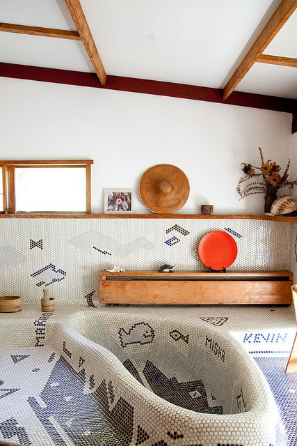 tile mosaic walls, floor and tub (George Nakashima Reception House by kitka.ca, via Flickr)