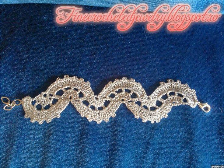 Crochet fashion bracelet