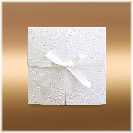 Svatební oznámení s mašlí Stuhu s mašlí je možné buď sesunout nebo rozvázat.