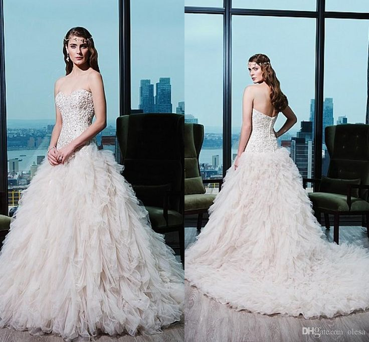 36 best Wedding dresses❤ images on Pinterest | Wedding frocks ...