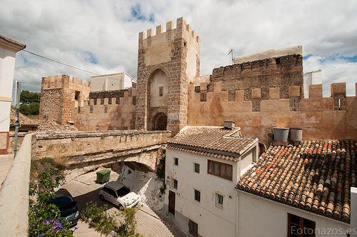 Castillo de Buñol, Valencia España https://www.pinterest.com/sinag47/castillos-de-espa%C3%B1a/