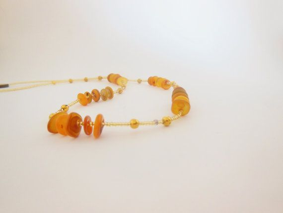 Autumn Gold Shell and Seedbead Necklace. Fall by LeelysBeads, €15.00