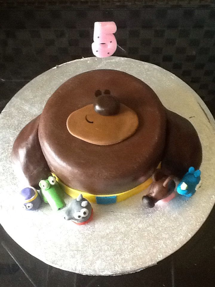 Duggee cake