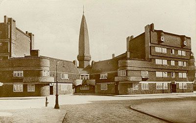 Spaarndammerbuurt - Amsterdamse School - the ship 1917 designed by Michel de Klerk