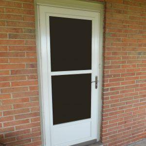 Larson Storm Doors With Retractable Screens