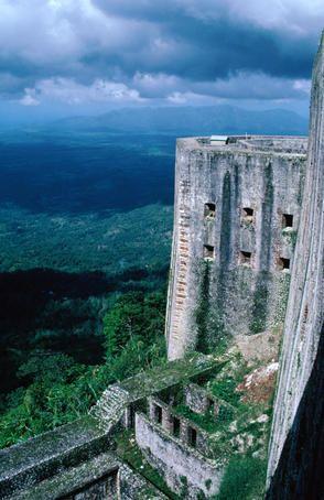 essay on tourist places