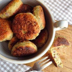 Rezept: Brot-Frikos - tolle Resteverwertung (fleischlose Frikadellen, Buletten)