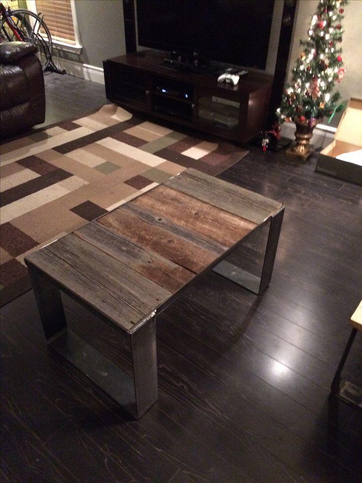 Table de salon en bois de grange et acier industrielle