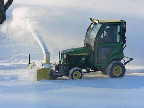 Used John Deere 2210 Compact Tractor