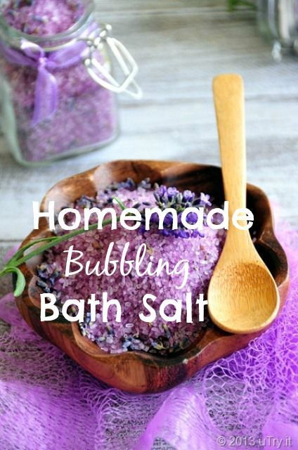 Lavender, Epsom and sea salts, coconut oil, baking soda. There's really nothing better than unwinding with a glass of wine, a good book, and a warm bubble bath after a long day, Great for gifting !!