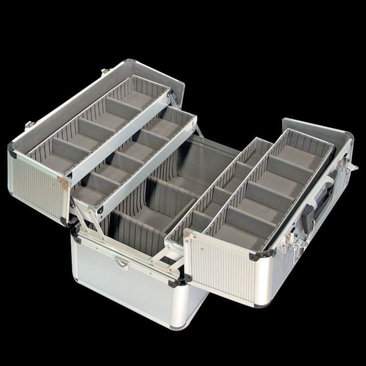 Large aluminium make-up koffer / visagie koffer met handige universele vakverdeling. Licht in gewicht. Afmeting: 445 x 275 x 310 mm. EUR 134,00