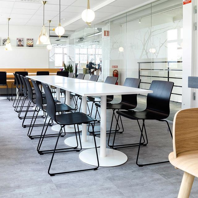 A common canteen area to work, meet or just relax over a cup of coffee. EFG Chat tables with EFG Nova chairs.  #europeanfurnituregroup #efgchat #efgnova #Scandinaviandesign #interiordesign #officeinterior #officedesign #interiors #furniture #office #workplace #inspiration #design #interiorarchitecture #table #canteen #chairs #inredning #kontor #inredningsdesign #interiör #arbetsplats #mötesplats #möbler #kontorsmöbler