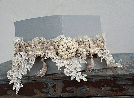 Wedding Garters Wedding leg garter Pearl Lace by UniqueCeremony