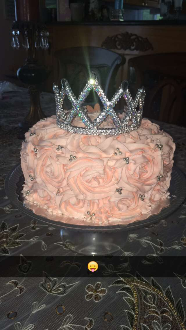 Princess rose tiara cake!