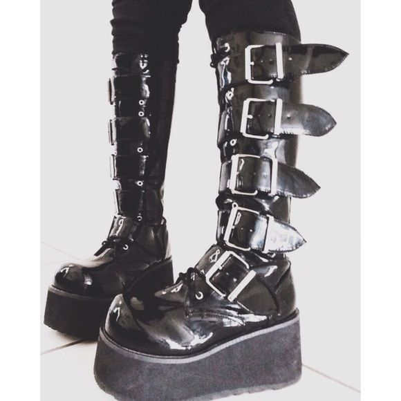 Demonia™ Trashville-518. Black patent. 3 1/4 platform. 5 buckles. Knee high. 8.5 inches from heel to toe. Worn but in great condition. $80 USD + Shipping and Handling. #demonia #trashville #platformboots #boots #unisex Demonia Shoes