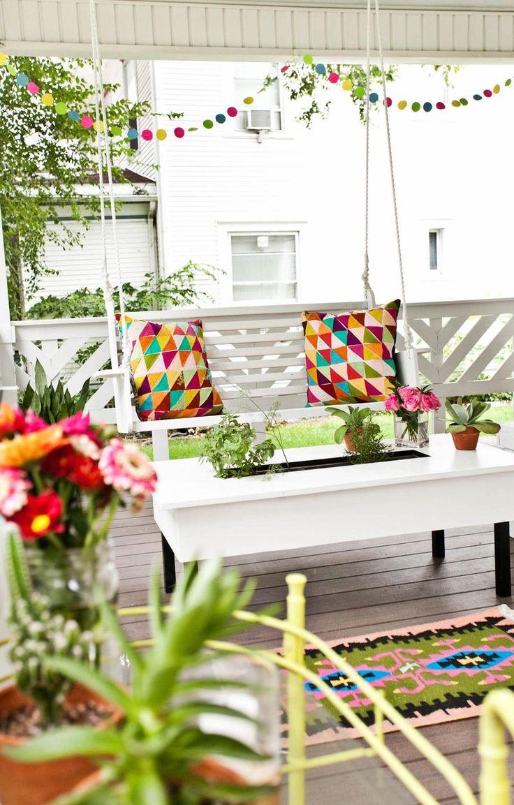 Front porch party decor