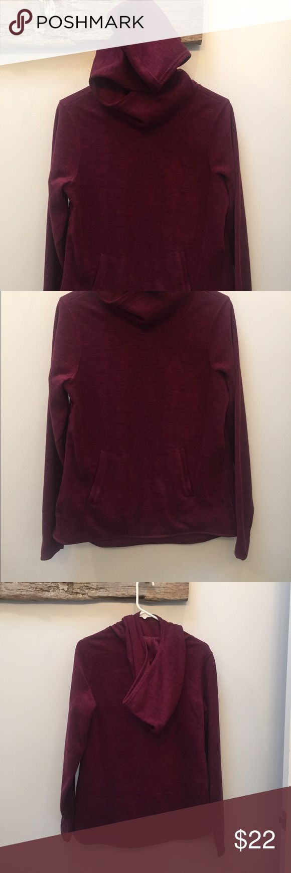 Old Navy Fleece Pullover Maroon Old Navy Fleece Pull Over Size S/P never worn Old Navy Tops Sweatshirts & Hoodies