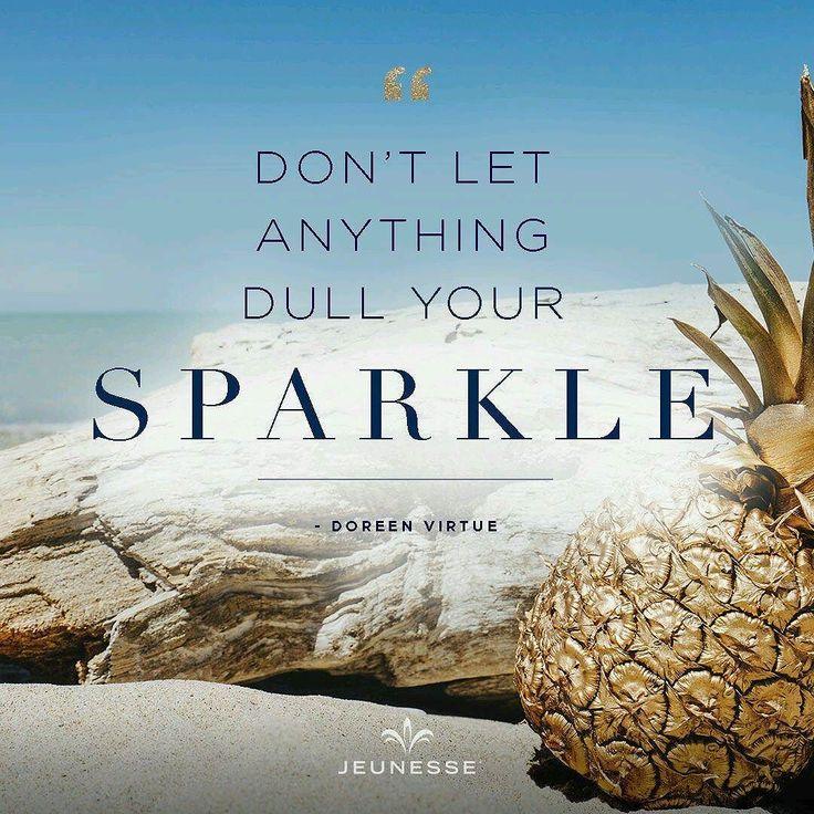 Tetaplah bercahaya jangan biarkan kemilau cahaya Anda terhalang dan memudar hingga redup memudar  Jadilah berkat buat semua orang di sekitar Anda.