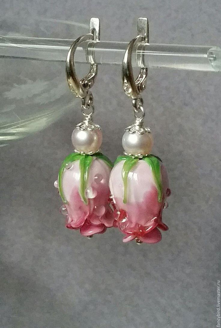 """Купить """"Утренние розы"""" серьги с розами лэмпворк и серебряными швензами - комбинированный, розовый, розовые розы"""