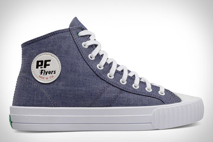 A classic look meets modern comfort with the Gitman Vintage Made in USA Center Hi. It starts with the timeless Center Hi sneaker silhouette from PF Flyers which is outfitted with locally sourced, 100% American made, 'seed to sew' cotton...