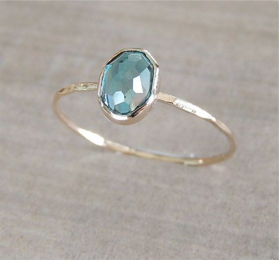 BOXING DAY London Blue Topaz Gold Ring, 14k Gold Ring, Delicate Gold Ring, Oval Gemstone Ring, Stackable Ring, Engagement Ring, Something Bl