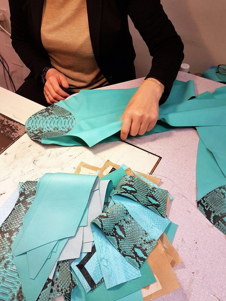 #handmade #handcraft #atelierclasse #florence #madeinitaly #newcreation #leatherjacket #leather #python #calfskin #lambskin #bags #purse #pochette #jacket #man #woman #pants #skirt #dress #coat #custommade #leathergoods #spring