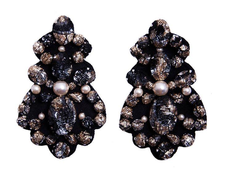 Laura8 Chandelier Pearls Earrings. www.laura8.com