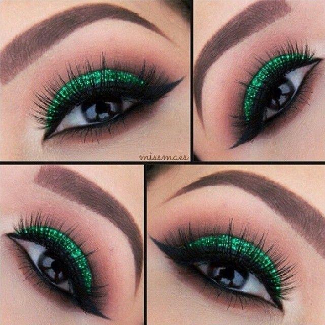 Maquillaje verde con glitter