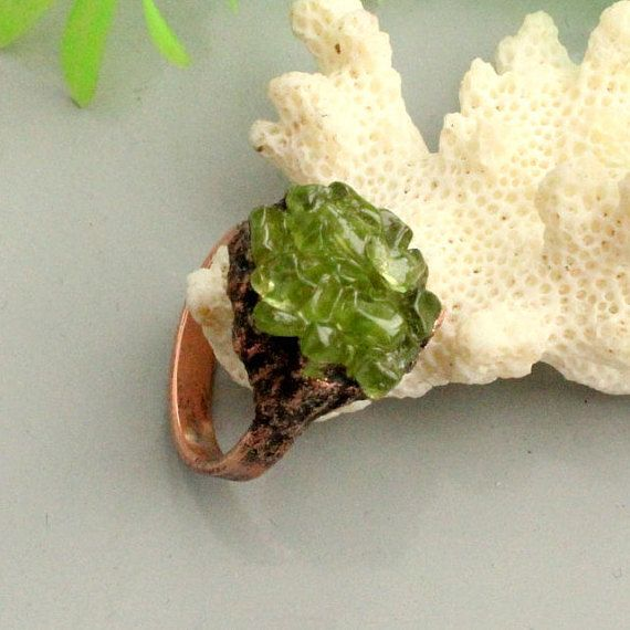 Peridot  ring statement rings peridot big stone unigue