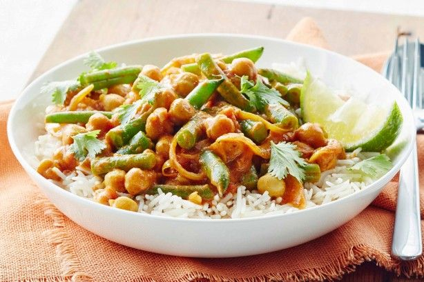 Mouthwatering meatless meals packed with flavour, these vegetarian dinners will satisfy even the fussiest eaters.