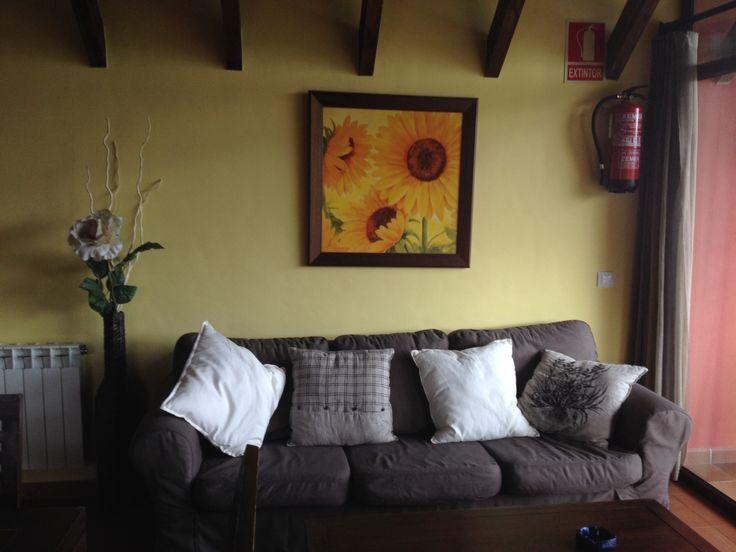 Nuevos colores en el Llugar. Salón del Apartamento.3 www.elllugar.com #Asturias #TurismoRural