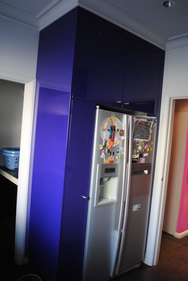 Utility room / Cupboards painted in purple high gloss