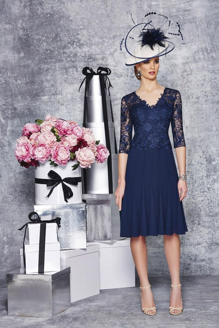 Elegant Navy Blue Lace Mother of the Bride Dresses Knee