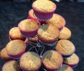 Recipe Banana, Honey and Cinnamon Muffins by Angela de Gunst - Recipe of category Baking - sweet