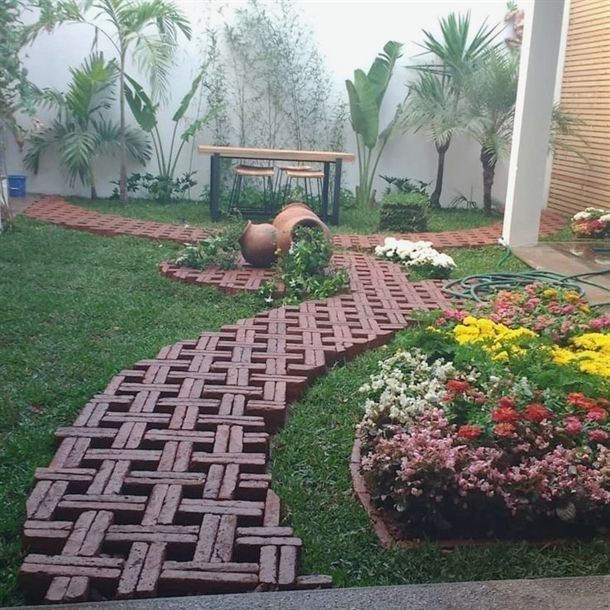 Awesome 51 Clever & Beautiful Yard Island Landscaping for Backyard and Front yar
