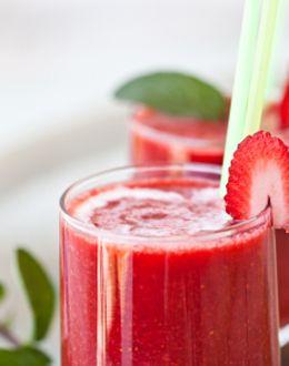 Breakfast Smoothie: Desserts Recipes, Strawberries Daydream, Worst Smoothie, Eating Health, Healthy Eating, Strawberries Smoothie, Solutions Healthy, Fast Food, Smoothie Drinks