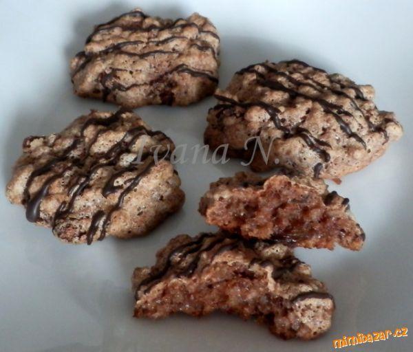 Sušenky z ovesných vloček a ořechů