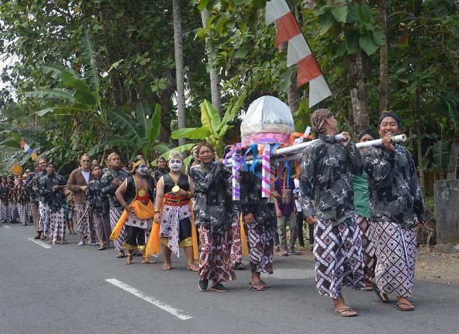 Desa Tawangsari, Memperkenalkan Sejarah Dengan Kirab Budaya