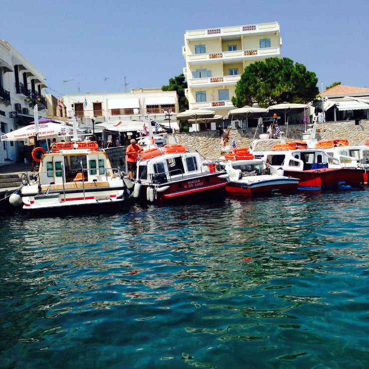 #spetses #port #greece #island #saronikos #summer #summer2014 #boat #taxi #sea #dapia