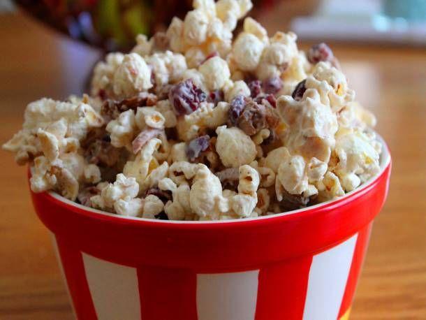 Popcorn on Pinterest | Popcorn, Popcorn balls and Chocolate popcorn ...