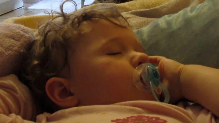 Violette, un bébé qui vous encourage pour la semaine