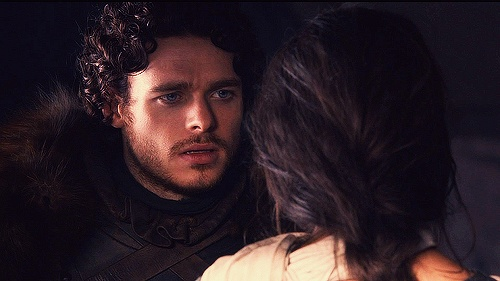 LOVED the way Robb always looked at his wife! They were my fav couple! #gameofthrones
