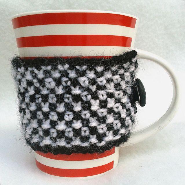 Ravelry: NanniClover's Black & White Linen Stitch Mug Cosy