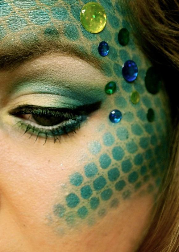 Mermaid makeup, i like how it curves over the cheek