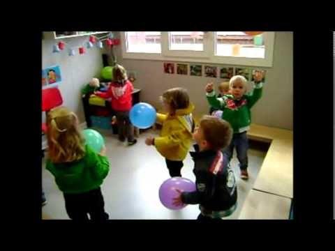 Dansen met ballonnen