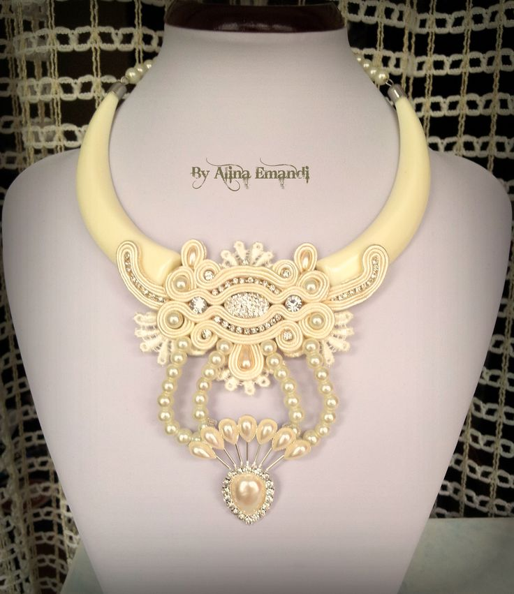 bridal necklace pinned from alina emandi