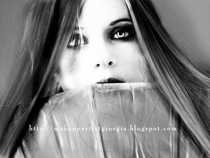 Concept, make-up - photos and digital art by Giorgia Di Giorgio. — con Lucia Perci