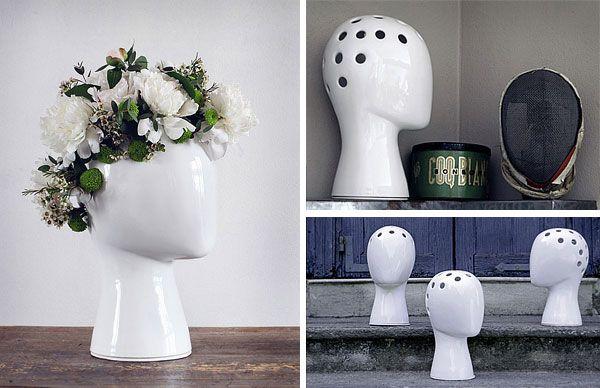 Ваза-голова  Цветы, поставленные в такую вазу, придуманную Tania da Cruz, будут изображать прическу.