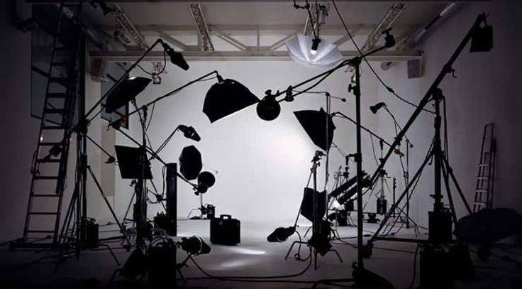 #MSстатья #фотосессия #фотозонт #фотооборудование   Статья о том, что такое фотозонт и как его использовать. Несколько практических советов по применению зонта при портретной фотосессии. Надеемся, информация будет полезной)
