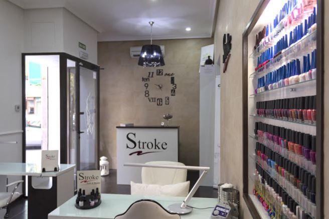 Manicura permanente hasta 4 semanas en Stroke Nails - http://www.femeninas.com/manicura-permanente-hasta-4-semanas-en-stroke-nails/